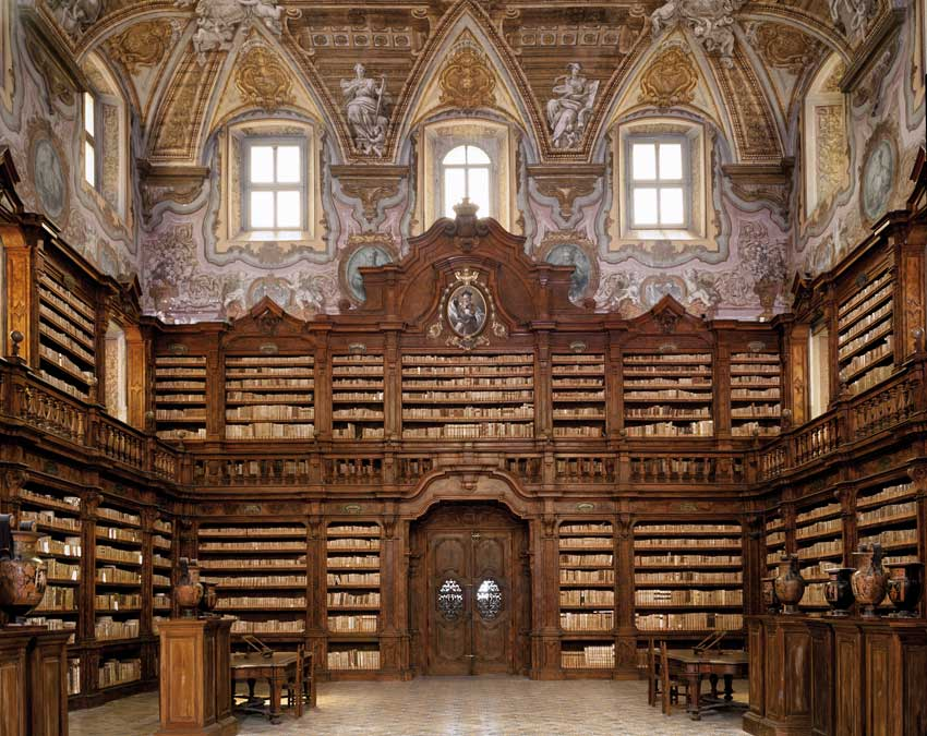Napoli-Biblioteca-Gerolamini-12